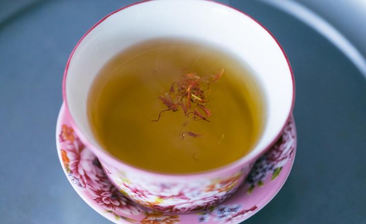漢方ブレンド茶で内側からキレイに!